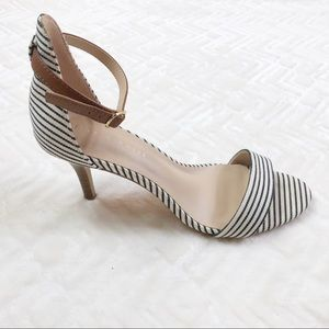 Kelly & Katie Open Toe Striped Pumps Size 8